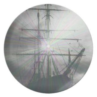 Grey ship Plate