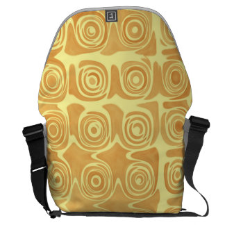 Grin Idea Acclaimed Pretty Messenger Bag
