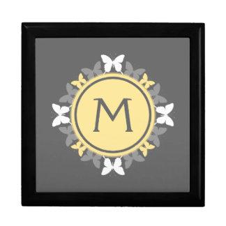 Gris amarillo blanco del monograma de la guirnalda cajas de recuerdo
