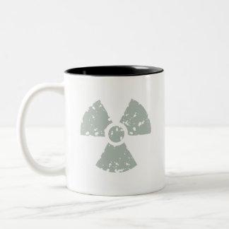 Gris de ceniza radiactivo taza de dos tonos