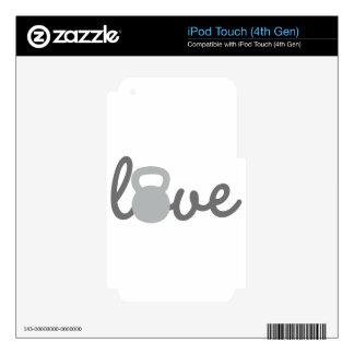 Gris de Kettlebell del amor Calcomanías Para iPod Touch 4G