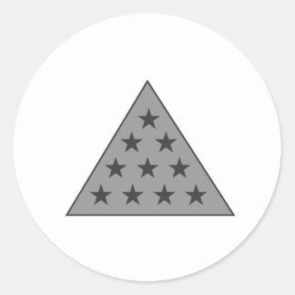 Gris de la pirámide de la sigma pi etiquetas redondas
