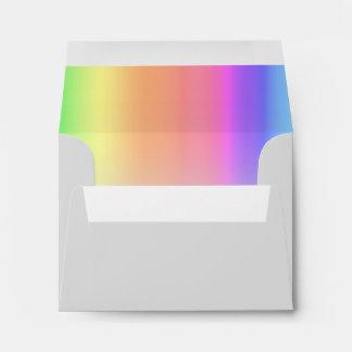 Gris del arco iris de RSVP Sobres