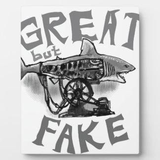 gris grande pero falso placas con fotos