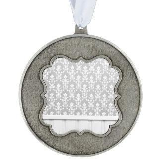 gris, plata, moda de madera de la antigüedad de la adorno de navidad festoneado de peltre