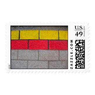 gris rojo amarillo sellos