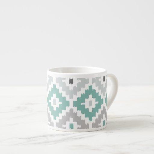 Gris y modelo tribal del diamante de Ikat de la Tazas Espresso