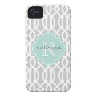 Gris y monograma moderno del personalizado del enr Case-Mate iPhone 4 protector