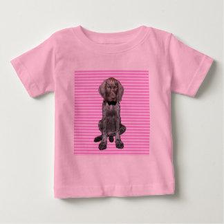 Grisáceo brillante en rosa polera