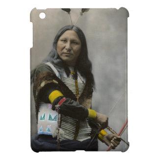 Grito en el indio de Oglala Siux 1899 iPad Mini Carcasas