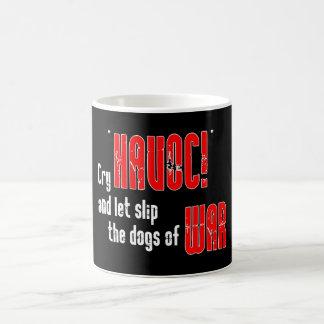 """Grito """"estrago!"""" y deje el resbalón los perros de  taza"""