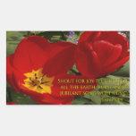grito rojo de los tulipanes - 98:4 del salmo pegatina rectangular