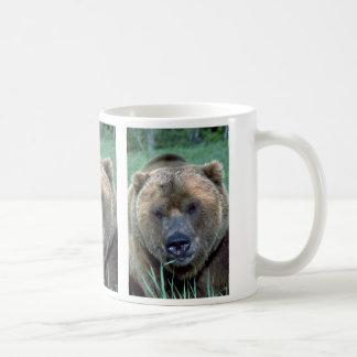 Grizzley bear coffee mug