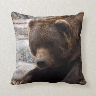 grizzly-bear-016 pillow