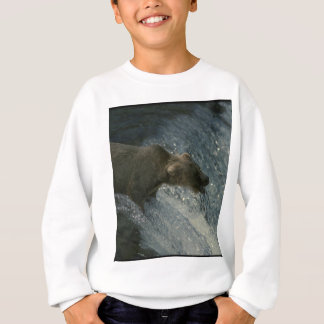 Grizzly Bear  Picture-Fishing for Salmon Sweatshirt