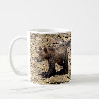 Grizzly Bear & Rocky Beach Animal-lover Art Mug
