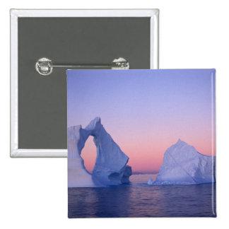 Groenlandia iceberg en la puesta del sol pin