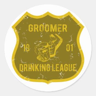Groomer Drinking League Classic Round Sticker