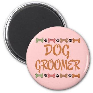 Groomer lindo del perro del empleo del mascota imán redondo 5 cm