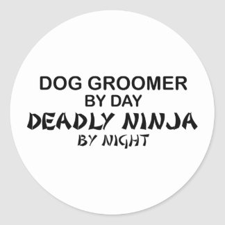 Groomer Ninja mortal del perro Pegatina Redonda