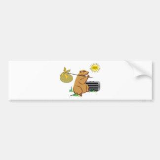 Groundhog corre lejos pegatina de parachoque