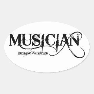 ¡Groupies que buscan del músico…! Pegatina Ovalada