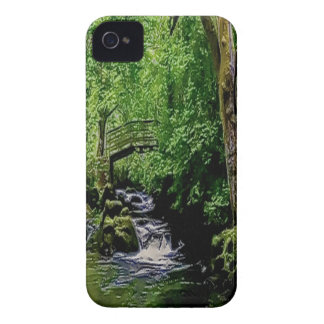 Grove relaxing iPhone 4 cover