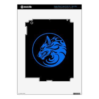Growling Blue and Black Wolf Circle iPad 3 Skin