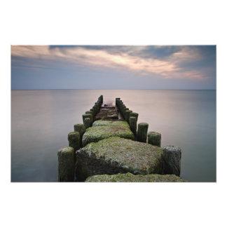 Groynes en la orilla del mar Báltico Fotografías
