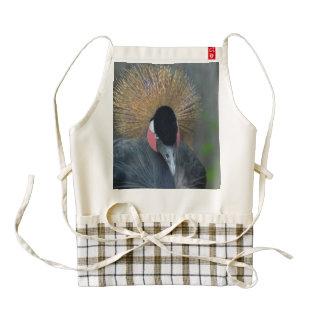 Grúa coronada africano curioso delantal zazzle HEART