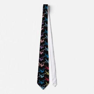 Grúas de papel de neón corbatas