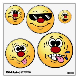 Grumpeys Silly Smiley Faces Set Wall Decor