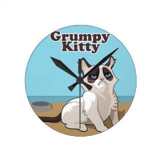 Grumpy cat round clock