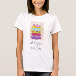 Grumpy princess cat and the pea cartoons T-Shirt