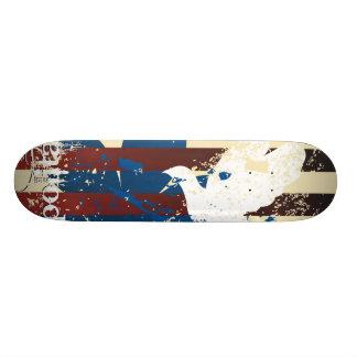 Grunge bird skate board