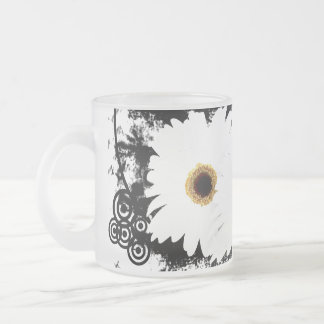 Grunge Daisies Transparent Glass Frosted Glass Coffee Mug