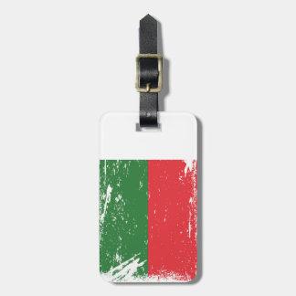 Grunge Madagascar Flag Luggage Tag