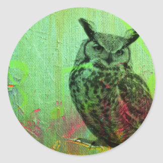 Grunge musical owl classic round sticker