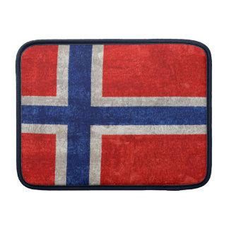 Grunge noruego de la bandera apenado fundas para macbook air