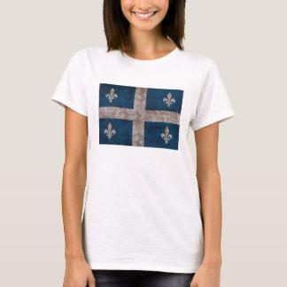 Grunge quebec flag t-shirt