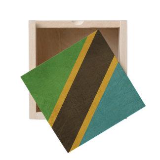 Grunge Sovereign state flag of Tanzania Wooden Keepsake Box