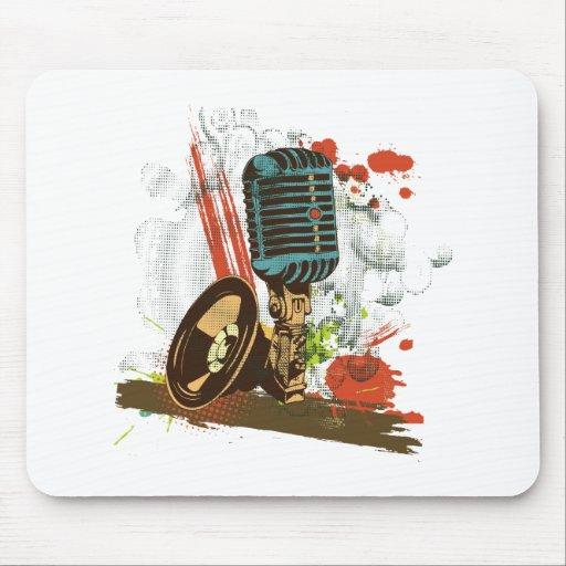 grunge vintage microphone vector mousepad