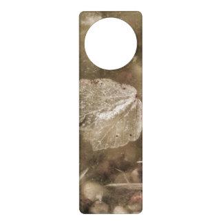 Grunge water door knob hangers