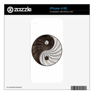 Grunge Yin Yang Sign Decal For The iPhone 4