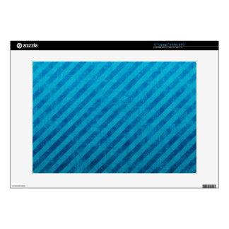 "Grungy Blue Stripes 15"" Laptop Skins"