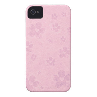 Grungy Pink Flower Heart Pattern iPhone 4 Case-Mate Case