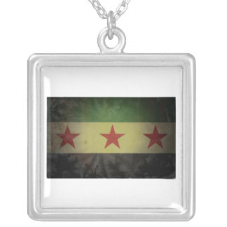 Grungy Syria Flag Square Pendant Necklace