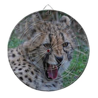 Gruñido del guepardo tablero de dardos