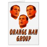 Grupo anaranjado del hombre felicitación