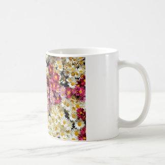 Grupo de crisantemos taza